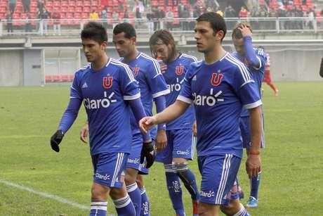 El conjunto colegial realizó un mal partido y terminó perdiendo por 4-2. Para peor, el equipo del ya cuestionado Darío Franco terminó con nueve hombres, todo por las expulsiones de Roberto Cereceda e Isaac Díaz.