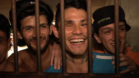 'Encarcelados'
