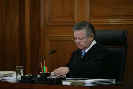 """A propuesta del magistrado Arturo Zaldívar, hoy se emitieron unos lineamientos """"para la interpretación del estado de interdicción en torno a las personas con discapacidad""""."""