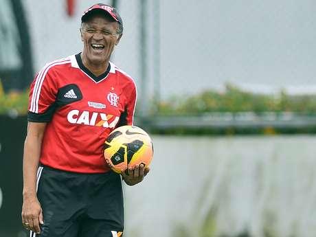 Jayme de Almeida afirmou que respeita a equipe esmeraldina, mas que o Flamengo vai em busca da vitória, atuando longe de casa Foto: Daniel Ramalho / Terra