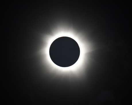 Eclipse solar total pôde ser visto na Austrália em novembro de 2012, o primeiro do tipo na região em 1,3 mil anos