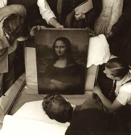 Durante la Segunda Guerra Mundial la Mona Lisa fue empacada y transportada 5 veces para protegerla del saqueo durante la ocupación alemana de Francia.