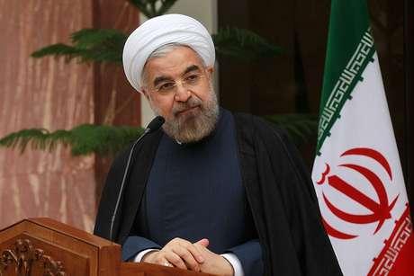 O presidente do Irã, Hassan Rouhani, conversa com jornalistas durante conferência de imprensa no último dia 24 Foto: AFP