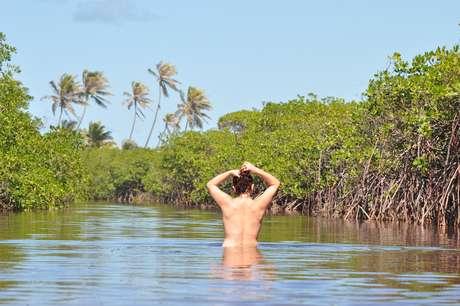 <p>Praia de Massarandupió é o principal destino naturista da Bahia</p>