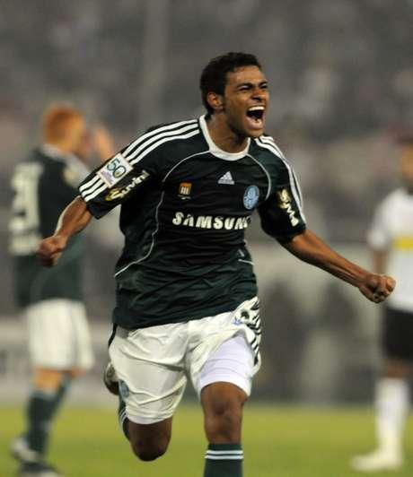Cleiton Xavier é o 19º reforço palmeirense para a temporada Foto: AFP