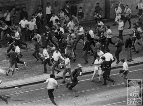 la Plaza de las Tres Culturas, en Tlatelolco, del 2 de octubre de 1968 ...