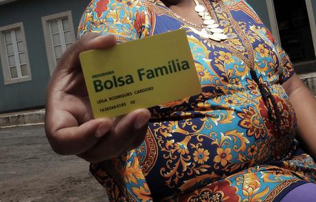 Quem não atender à convocação poderá ficar sem o pagamento do Bolsa Família Foto: Reprodução