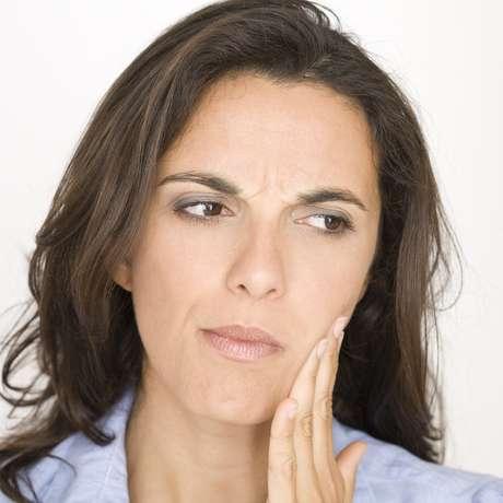 Um abscesso está normalmente associado a uma higiene bucal fraca ou a uma dieta muito rica em açúcar Foto: Adam Gregor / Shutterstock