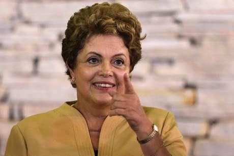 Financial Times diz que Dilma tem que ser mais firme com a corrupção na Petrobras Foto: Ueslei Marcelino / Reuters