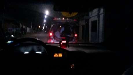 Os bandidos foram presos cerca de uma hora e meia depois Foto: Lennon Rebechi / vc repórter