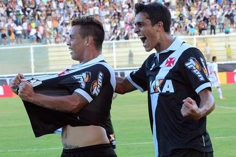 Bernardo fez o primeiro gol vascaíno no ano Foto: Carlos Gregório Junior / Vasco.com.br/Divulgação