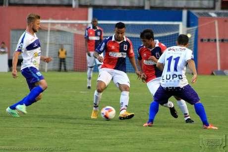 Cinco crias da base paranistas começaram a partida na vitória contra o Nacional, por 3 a 1 Foto: Paraná / Divulgação