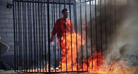 Maaz al-Kassasbeh teria sido queimado vivo dentro de uma cela Foto: Twitter