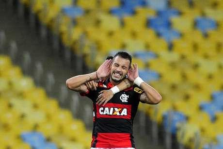 Canteros marcou um golaço de falta no segundotempo Foto: Dhavid Normando / Futura Press