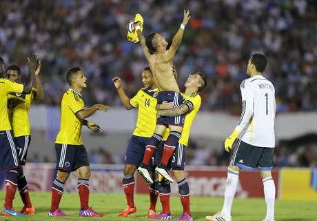 Colômbia garantiu classificação para o Mundial de 2015 Foto: Andres Stapff / Reuters