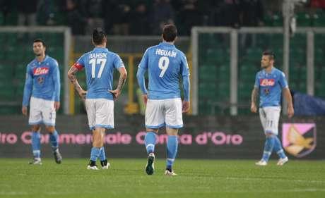 Napoli lamenta mais uma derrota na temporada Foto: Marcello Paternostro / AFP