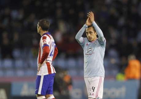 Orellana comemora seu gol contra o Atlético Foto: Miguel Vidal / Reuters