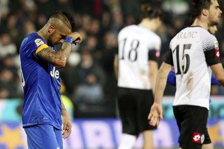 Vidal lamenta resultado ruim da Juventus Foto: Stefano Rellandini / Reuters