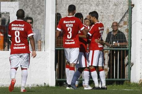 Time colorado fez 2 a 1 sobre o São Paulo-RS fora de casa Foto: Wesley Santos / Gazeta Press