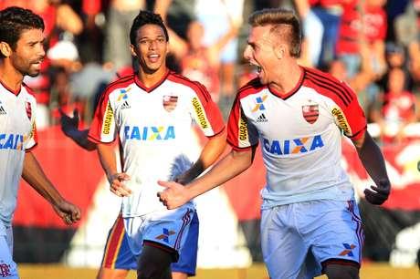 Bressan foi autor do gol de empate do Flamengo Foto: Gilvan de Souza/Flamengo / Divulgação