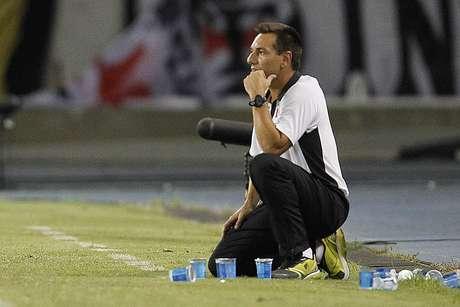 Técnico Doriva viu o seu time dominar o Fluminense neste domingo Foto: Marcelo Sadio/Vasco / Divulgação