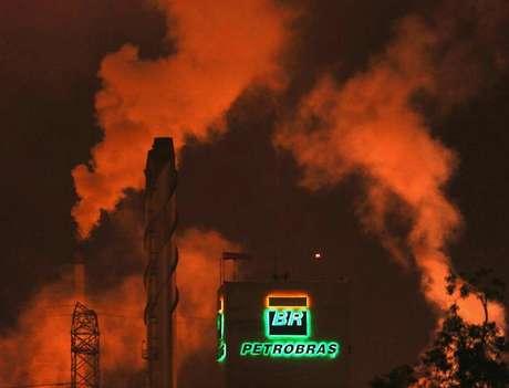 Cotação do petróleo pode mudar valor do desinvestimento Foto: Paulo Whitaker / Reuters