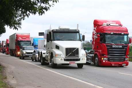Protestos de caminhoneiros seguem intensosna região Sul do País Foto: Marcos Bezerra / Futura Press