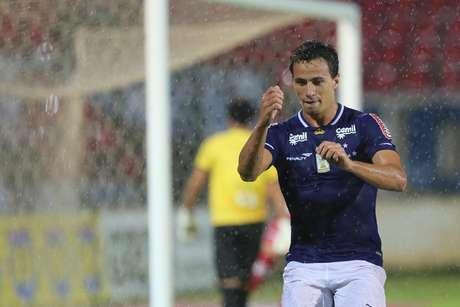 Leandro Damião segue em boa fase no Cruzeiro Foto: Cristiane Mattos / Futura Press