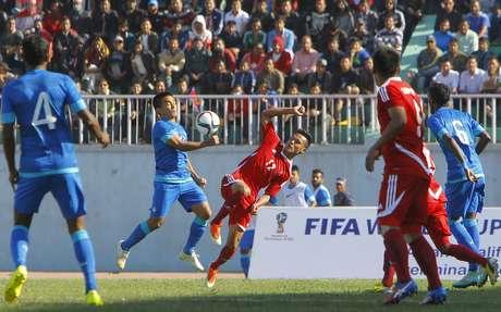 Índia se classificou com um empate sem gols diante do Nepal Foto: Niranjan Shrestha / AP