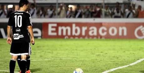 Renato Cajá cobrou falta, e Biro Biro aproveitou o rebote para fazer o único gol do jogo Foto: PontePress/VictorHafner / Divulgação