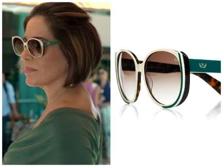 0bda9c813db88 Foto  TV Globo   Divulgação. Os óculos de sol da Beatriz (Gloria Pires) ...