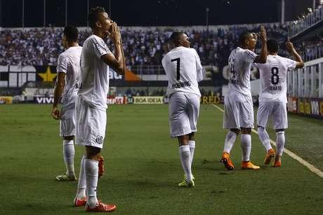 7c5104d1e7 Santos comemora mais uma vaga para a final do Campeonato Paulista