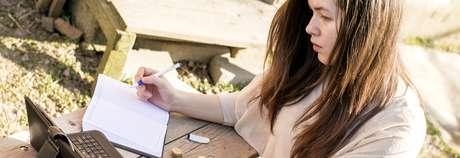 Recuerda que administrar tus finanzas es más fácil si registras todo lo que ganas y todo lo que gastas.