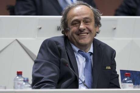 Platini está afastado da presidência da Uefa