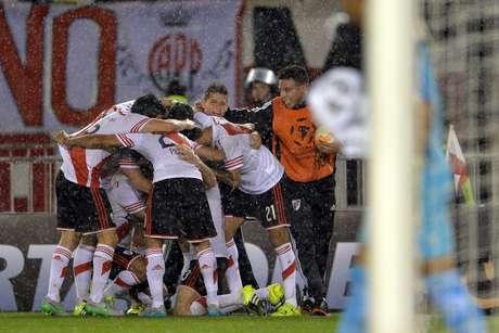 River Plate conquista tricampeonato da Libertadores
