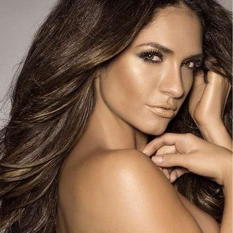 Esta joven belleza es una estrella de las telenovelas colombianas, como 'El Día de - 07-kimberly-reyes-ig