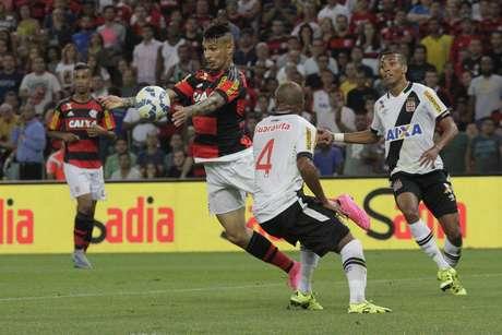 Guerrero voltou a passar em branco em uma partida do Flamengo