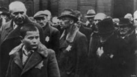 O estudo tomou como base a análise genética de 32 sobreviventes do Holocausto e seus filhos