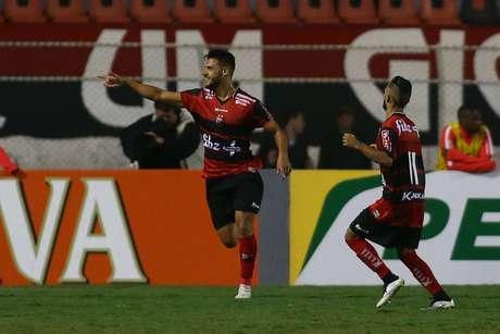 Atacante Ronaldo deixou a sua marca, mas não conseguiu evitar o adeus do Ituano na Copa do Brasil