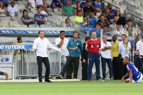 Será que Luxemburgo resiste a mais essa derrota?