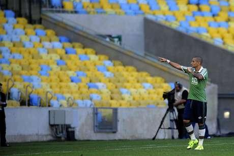 Welington Paulista foi às redes, mas não evitou revés do Fluminense