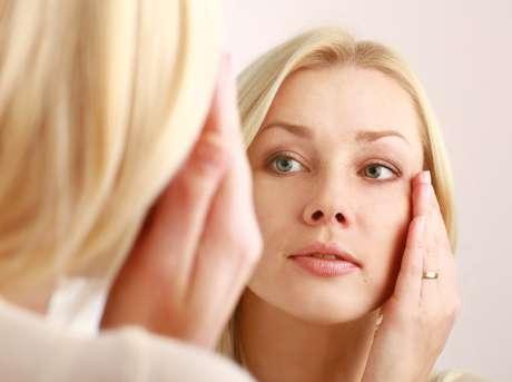 A posição dos dentes muda a sustentação óssea e interfere na pele e musculatura