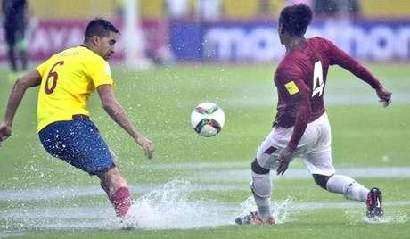 HOME - Equador x Bolívia - Eliminatórias Sul-Americanas - Christian Noboa e Alejandro Leonel Morales