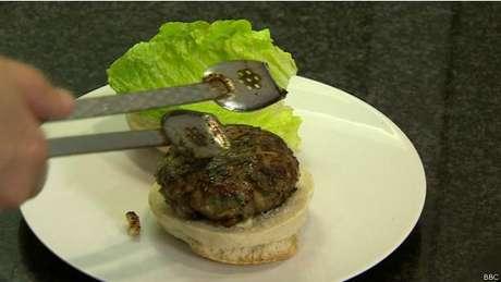 Por enquanto, empresa só prometeu colocar hambúrguer artificial no mercado em cinco anos