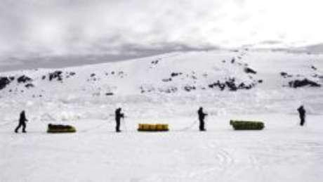 Jornada pelos confins do Oceano Ártico se assemelha a uma corrida de obstáculos, dizem especialistas