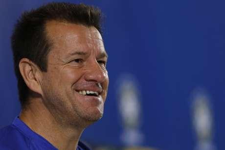 Principal dúvida do técnico da Seleção é quem será o substituto de David Luiz como companheiro de Miranda na zaga