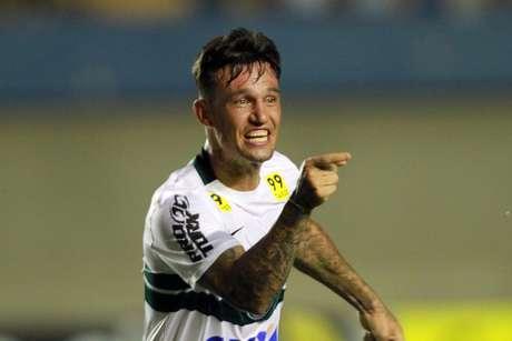 João Paulo foi o autor do segundo gol do Coritiba