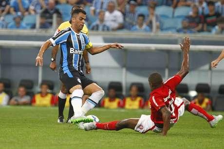 Após bom Campeonato Brasileiro, Maicon fica no Grêmio