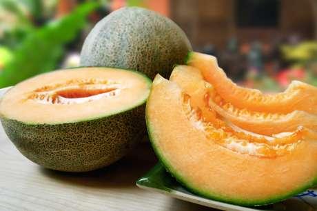 A fruta é fonte de vitaminas e minerais importantes para a saúde.