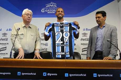 Esbanjando confiança, Kadu garante que se empenhará com a camisa do Grêmio